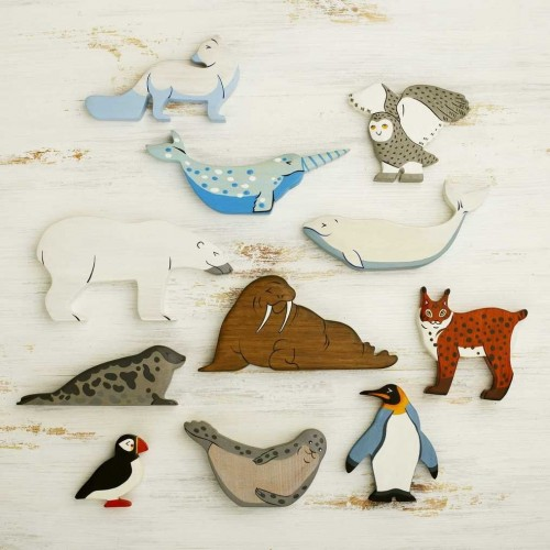 Wooden Arctic Animals Toy Set (11pcs)