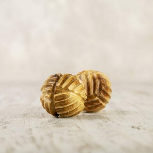 Juniper riffled beads